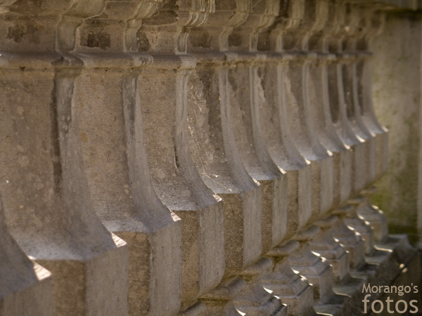 Détail d'une rambarde du château de Lombise - Hainaut - Belgique - Anne-Sarine Limpens 2008