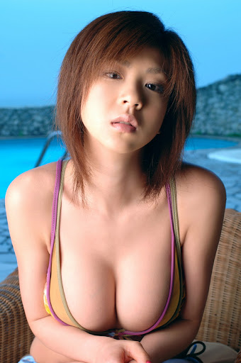 Aki Hoshino hot photo gallery