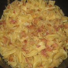 Egg Noodles with Bacon and Cabbage