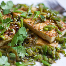 Seared Tofu with Sugar Snap Peas