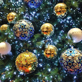 Christmas Decoration by Koh Chip Whye - Public Holidays Christmas ( , christmas, decoration, object )