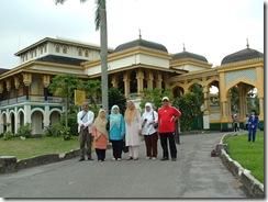 Luar Istana Maimun2