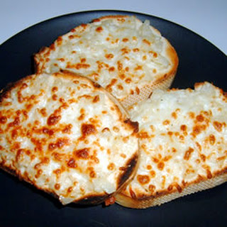 Cheese Onion Garlic Bread