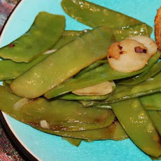 Snow Peas With Water Chestnuts