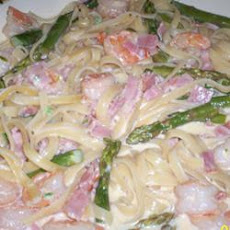 Ham and Asparagus Fettuccine