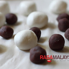 Red Bean Dumplings Recipe (红豆汤圆)