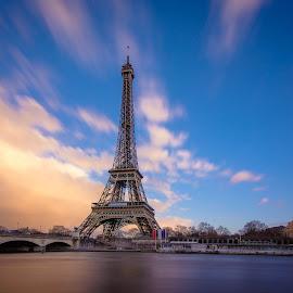 Tour Eiffel by Adrien Sutter - Buildings & Architecture Statues & Monuments ( canon, eiffel, long exposure, tour )