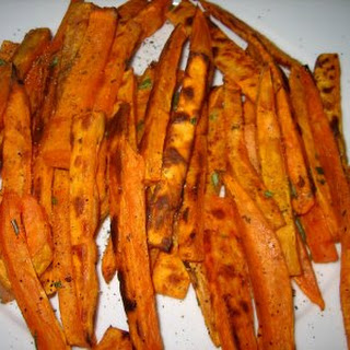Easy And Healthy Baked Sweet Potato Fries!
