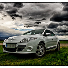 renault megane by Beeback AlterEgo Biba - Transportation Automobiles ( clouds, hdr, weather, renault, megane,  )