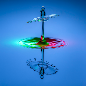 Carousel by Ganjar Rahayu - Abstract Water Drops & Splashes ( reflection, red, waterdrop, blue, green )