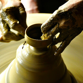 Pottery by Kausik Paul - Artistic Objects Business Objects