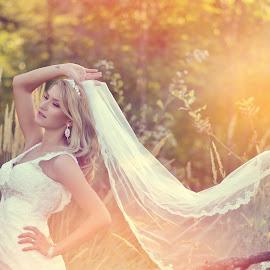 by Cristian Popescu Foto - Wedding Bride ( cea mai frumoasa mireasa, weddinf, fotograf nunta valcea, best shoot, nunta, photography )