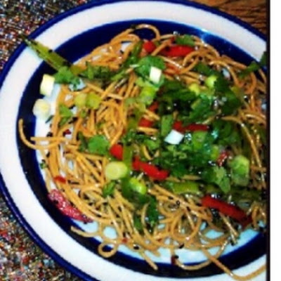 Sesame Noodle Salad with Red Bell Pepper and Peanuts