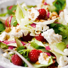 Raspberry & Goat's Cheese Salad