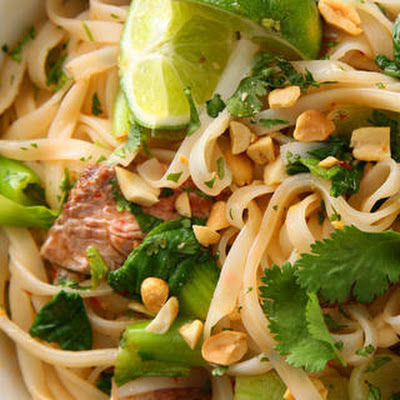 Seared Steak with Spicy Rice Noodles