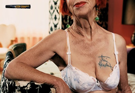 Bronze - ''Old Lady'' - BIC Permanent Marker - TBWA Paris