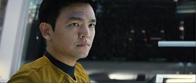 Novo Sulu, versão jovem interpretada por John Cho para o filme jornada nas estrelas 2009