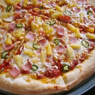Spicy Hawaiian Pizza