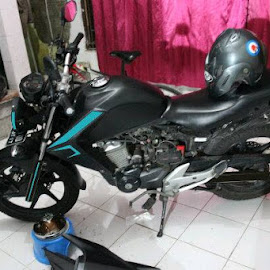Tolong di coment ya hahaha.. by Arif Setiyawan - Transportation Motorcycles