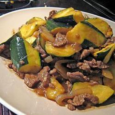 Stir Fried Beef with Courgettes