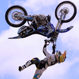 Moto-X Freestyle Backflip by Mike Rodgers - Sports & Fitness Motorsports ( backflip, motorbike, moto x )