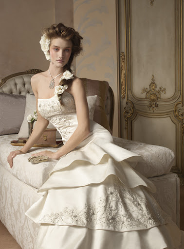 Ivory Embroidered Wedding Dress 6