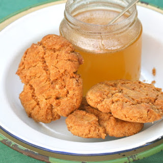 Honeyed Ginger Biscuits