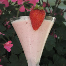Strawberry Amaretto Alexander