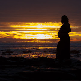 Ready to Pop by Chris Coggin - People Maternity ( canon, natural light, 805, california, sunset, baby bump, silhouette, outdoors, pacific ocean, beach,  )