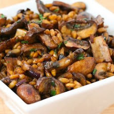 Farro with Mushrooms, Balsamic Vinegar, and Thyme