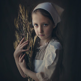 Harvest by Danica Sherry - Babies & Children Child Portraits ( natural light, girl, painterly, child portrait, vermeer fan )