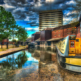 Coventry Canal Basin by Graham White - City,  Street & Park  Markets & Shops