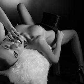 hot by Reto Heiz - Nudes & Boudoir Artistic Nude ( erotic, sexy, nude, nudeart, hot, exstasy )