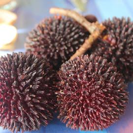 Pulasan by Dura Zaman - Food & Drink Fruits & Vegetables ( malaysian, fruit, food, pulasan, local fruit )