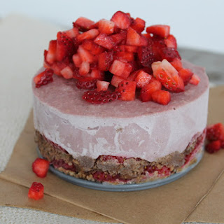 Strawberry Chocolate Mousse Cake (Raw Vegan, Refined Sugar-Free)