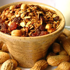 Molasses-Peanut Granola