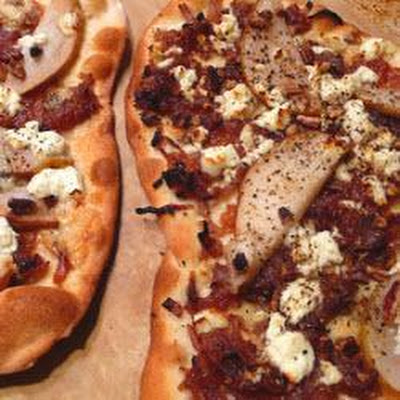Pear, Caramelised Onion and Stilton Pizza