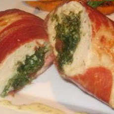 Spinach Goats Cheese and Pesto Stuffed Chicken Breast With a Lem