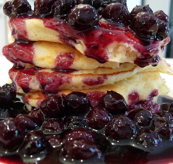 Lemon Ricotta Pancakes with Blueberry Sauce Recipe | Yummly