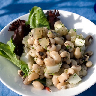 Black-Eyed Pea and Caramelized Onion Salad