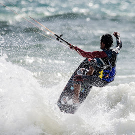 Kitesurfing by Jean-Marc Schneider - Sports & Fitness Surfing