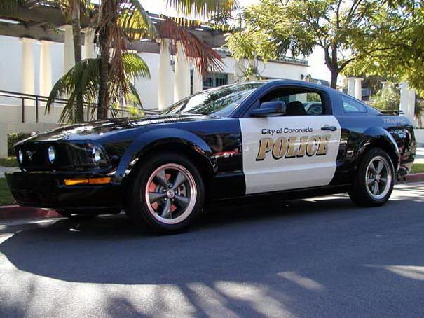 http://lh6.ggpht.com/conceptscars/Ry2mTHtIemI/AAAAAAAAAcY/H9JaJlCNH6s/s800/USA+Ford+Mustang+02.jpg