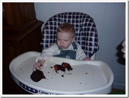 EatingCupcake1
