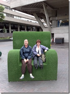 Cathy Chris on huge green chair 020820081019