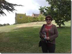 Cathy in front of side of Chartwell 01082008985