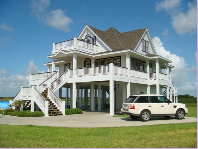 Beach style homes home design and decor reviews for Coastal home builders texas