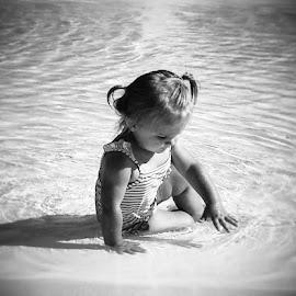 by Jennifer Schweitzer-Bell - Babies & Children Children Candids