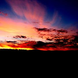 Merritt Sunrise by Dallas Kempfle - Instagram & Mobile Other ( 2007, canada, merritt, driving, cell phone, sunrise, morning, bc )
