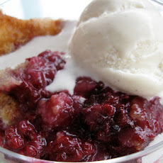 Commissary Blackberry Cobbler
