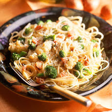 Pasta with Broccoli and Cauliflower in Mustard Sauce